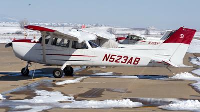 A picture of N523AB - Cessna 172S Skyhawk SP - [172S8307] - © HA-KLS