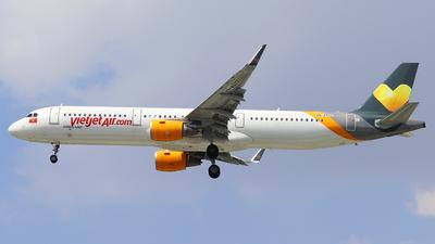 VN-A522 - Airbus A321-211 - VietJet Air