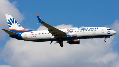 A picture of TCSOH - Boeing 7378HC - SunExpress - © Chr Pe