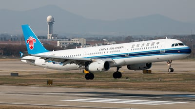 A picture of B6265 - Airbus A321231 - China Southern Airlines - © william8252