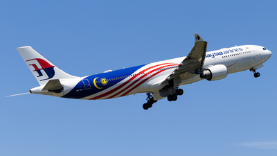 A picture of 9MMTJ - Airbus A330323 - Malaysia Airlines - © Kody Chin