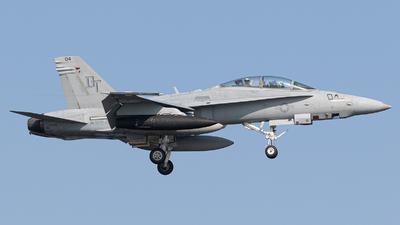 165529 - McDonnell Douglas F/A-18D Hornet - United States - US Marine Corps (USMC)