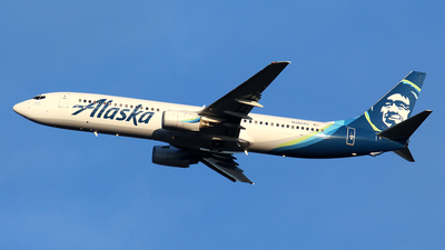 A picture of N302AS - Boeing 737990 - Alaska Airlines - © Huy Do