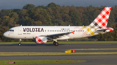 A picture of ECMUY - Airbus A319111 - Volotea - © Tim-Patrick Müller