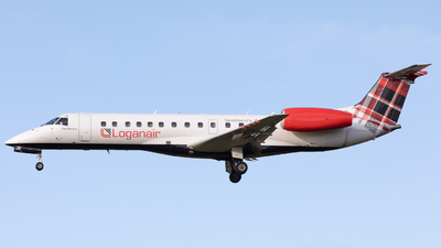 A picture of GSAJR - Embraer ERJ135ER - Loganair - © Robert Smith