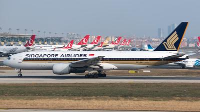A picture of 9VSVJ - Boeing 777212(ER) - [32335] - © Andrew Hunt