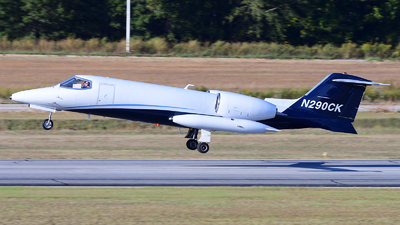 A picture of N290CK - Learjet 35A - Airnet - © Agustin Anaya