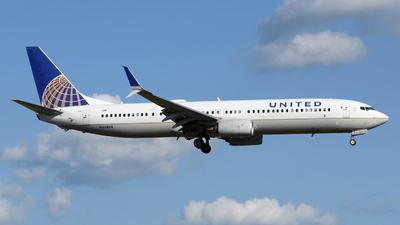A picture of N66808 - Boeing 737924(ER) - United Airlines - © DJ Reed - OPShots Photo Team