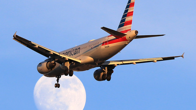 N764US - Airbus A319-112 - American Airlines