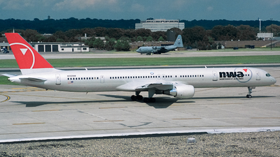 N592NW - Boeing 757-351 - Northwest Airlines