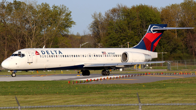 N978AT - Boeing 717-2BD - Delta Air Lines