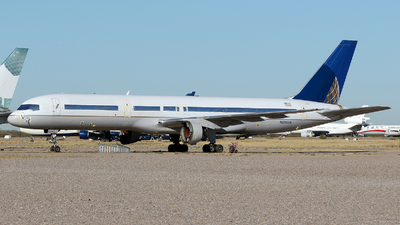 N526UA - Boeing 757-222 - Untitled