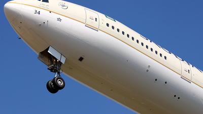 HZ-AK34 - Boeing 777-3FGER - Saudi Arabian Airlines
