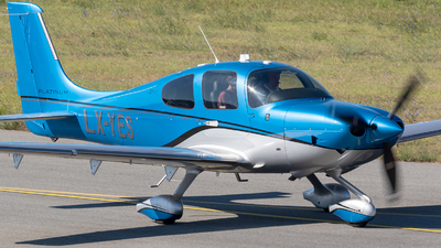 LX-YES - Cirrus SR22T-GTS Platinum - Private