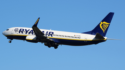 A picture of EIDWL - Boeing 7378AS - Ryanair - © John Fitzpatrick