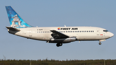 C-GCPT - Boeing 737-217(Adv) - First Air