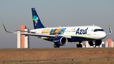 A picture of PRYSE - Airbus A320251N - Azul Linhas Aereas - © LorenzoAfonso