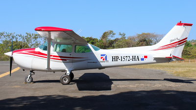 HP-1572-HA - Cessna 172 Skyhawk - Private