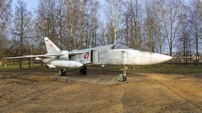 47 - Sukhoi Su-24M Fencer - Belarus - Air Force