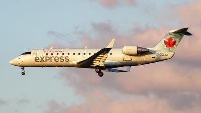 A picture of CGQJA - Mitsubishi CRJ200ER - Air Canada - © Johannes Reichert