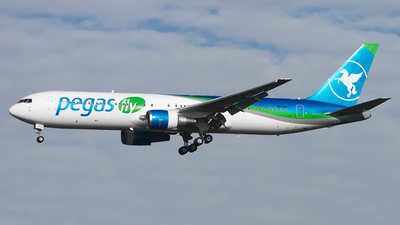 A picture of VQBOG - Boeing 767341(ER) - [30342] - © JC_AM