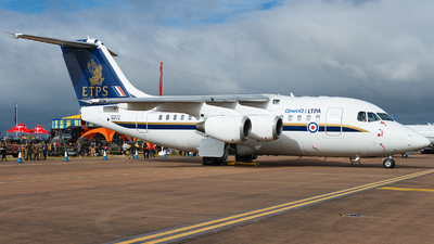 QQ102 - British Aerospace Avro RJ70 - QinetiQ