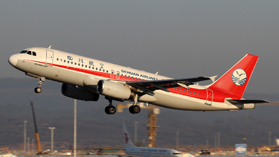 B-6347 - Airbus A320-232 - Sichuan Airlines