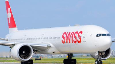 A picture of HBJNH - Boeing 7773DE(ER) - Swiss - © Aaron Miles
