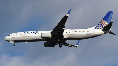 A picture of N62896 - Boeing 737924(ER) - United Airlines - © DJ Reed - OPShots Photo Team