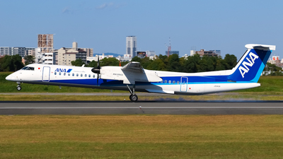 JA843A - Bombardier Dash 8-Q402 - ANA Wings