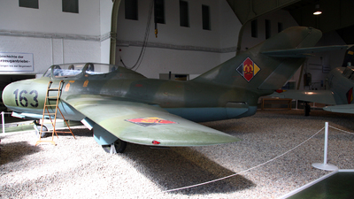 163 - Mikoyan-Gurevich MiG-15UTI Midget - German Democratic Republic - Air Force