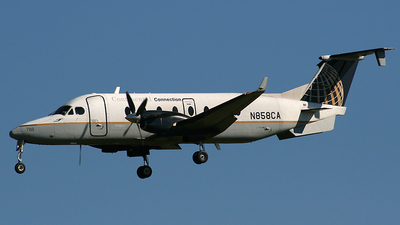 N858CA - Beech 1900D - Continental Connection (Commutair)