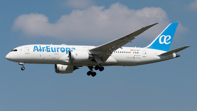 A picture of ECMLT - Boeing 7878 Dreamliner - Air Europa - © paoloz99