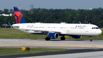 N324DX - Airbus A321-211 - Delta Air Lines
