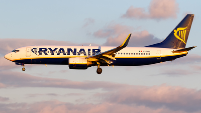 A picture of EIDHG - Boeing 7378AS - Ryanair - © Matteo Lamberts