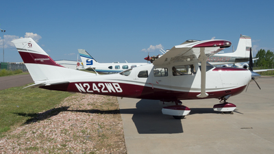 A picture of N242WB - Cessna T206H Turbo Stationair - [T20609037] - © Devan Mayer