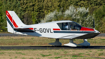 F-GOVL - Robin DR400/120 - Private