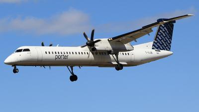 A picture of CGLQB - De Havilland Canada Dash 8400 - Porter Airlines - © Guy Langlois