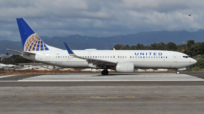 A picture of N73276 - Boeing 737824 - United Airlines - © VICK. LM