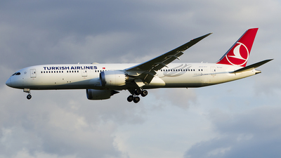 A picture of TCLLI - Boeing 7879 Dreamliner - Turkish Airlines - © Rafael Freitas