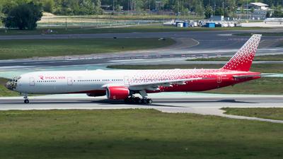A picture of EIUNP - Boeing 777312 - Rossiya - © RAFAL KUKOWSKI