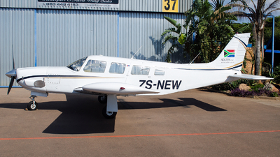 ZS-NEW - Piper PA-32R-300 Lance - Private