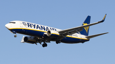 A picture of EIDWV - Boeing 7378AS - Ryanair - © Pierre Pm