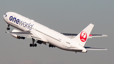 JA8980 - Boeing 767-346 - Japan Airlines (JAL)