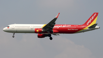 A picture of VNA532 - Airbus A321211 - VietJet Air - © Huy Do