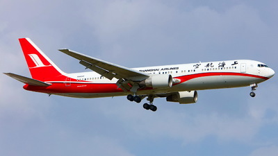 N665AC - Boeing 767-36D(ER) - Shanghai Airlines