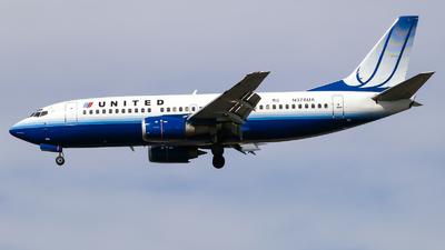 N376UA - Boeing 737-322 - United Airlines
