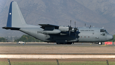 990 - Lockheed C-130H Hercules - Chile - Air Force