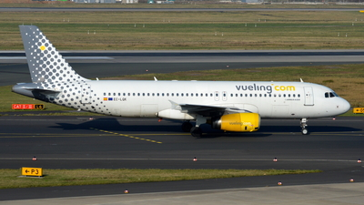 EC-LQK - Airbus A320-232 - Vueling Airlines