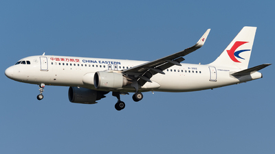 B-301Z - Airbus A320-251N - China Eastern Airlines